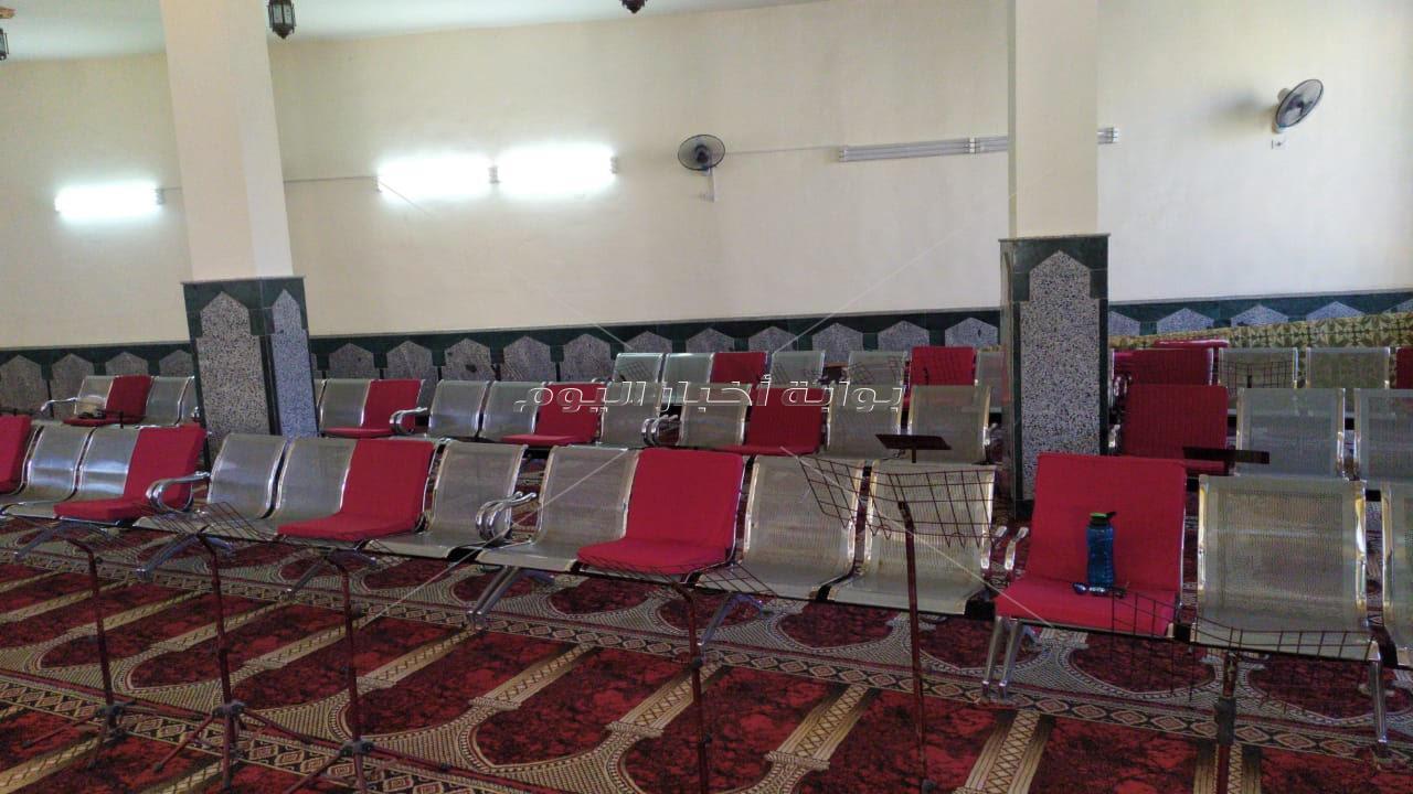 استعدادا لفتح المساجد.. انطلاق حملة التعقيم ووضع علامات التباعد ببورسعيد