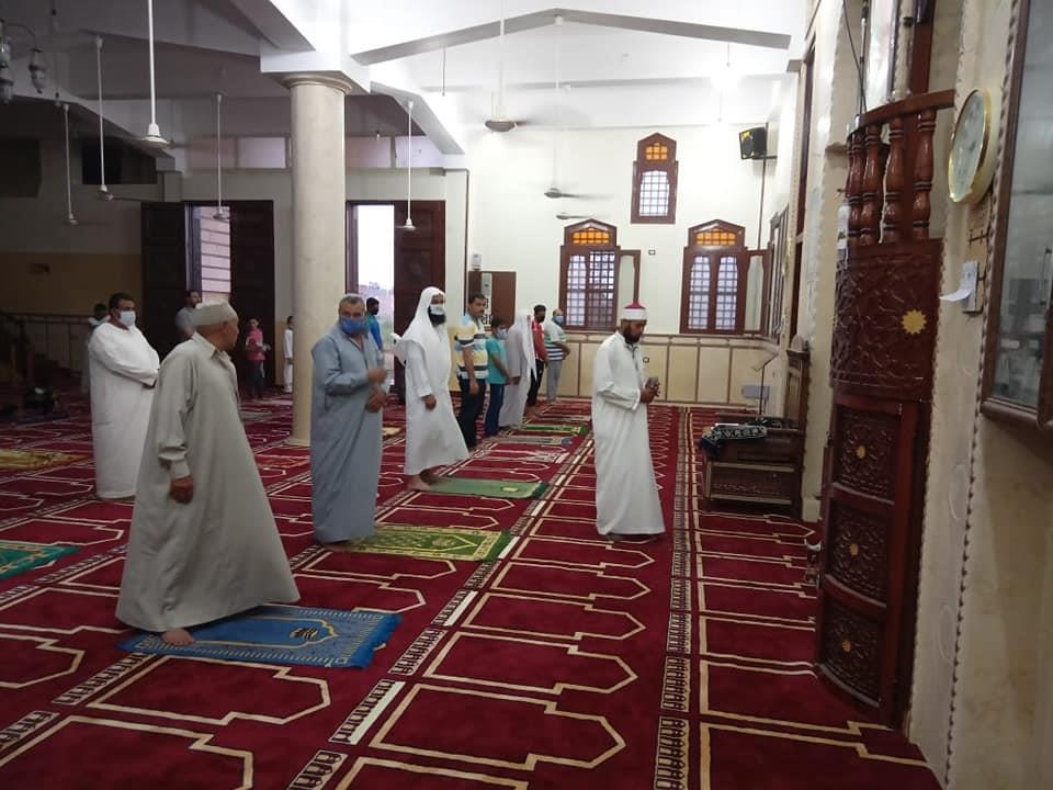 «وعدت فأوفت».. الأوقاف تستقبل رواد المساجد وسط التزام تام بالتعليمات