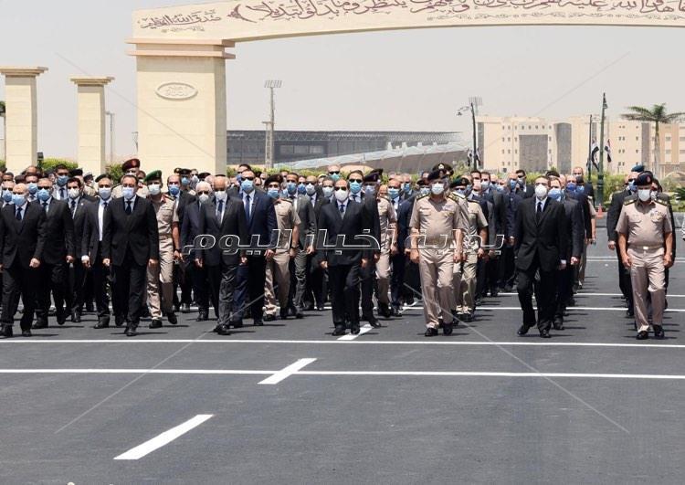 رئيس الجمهورية يتقدم الجنازة العسكرية للفريق محمد العصار