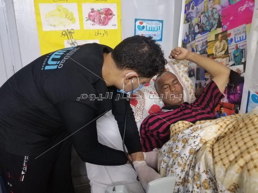 معانا لإنقاذ إنسان .. تنقذ مسنا بلا مأوى يقيم في الشارع