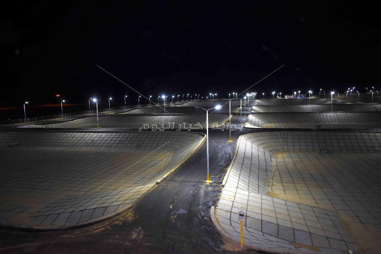 محافظ سوهاج يتفقد محطة معالجة صرف صحى الهجارسة