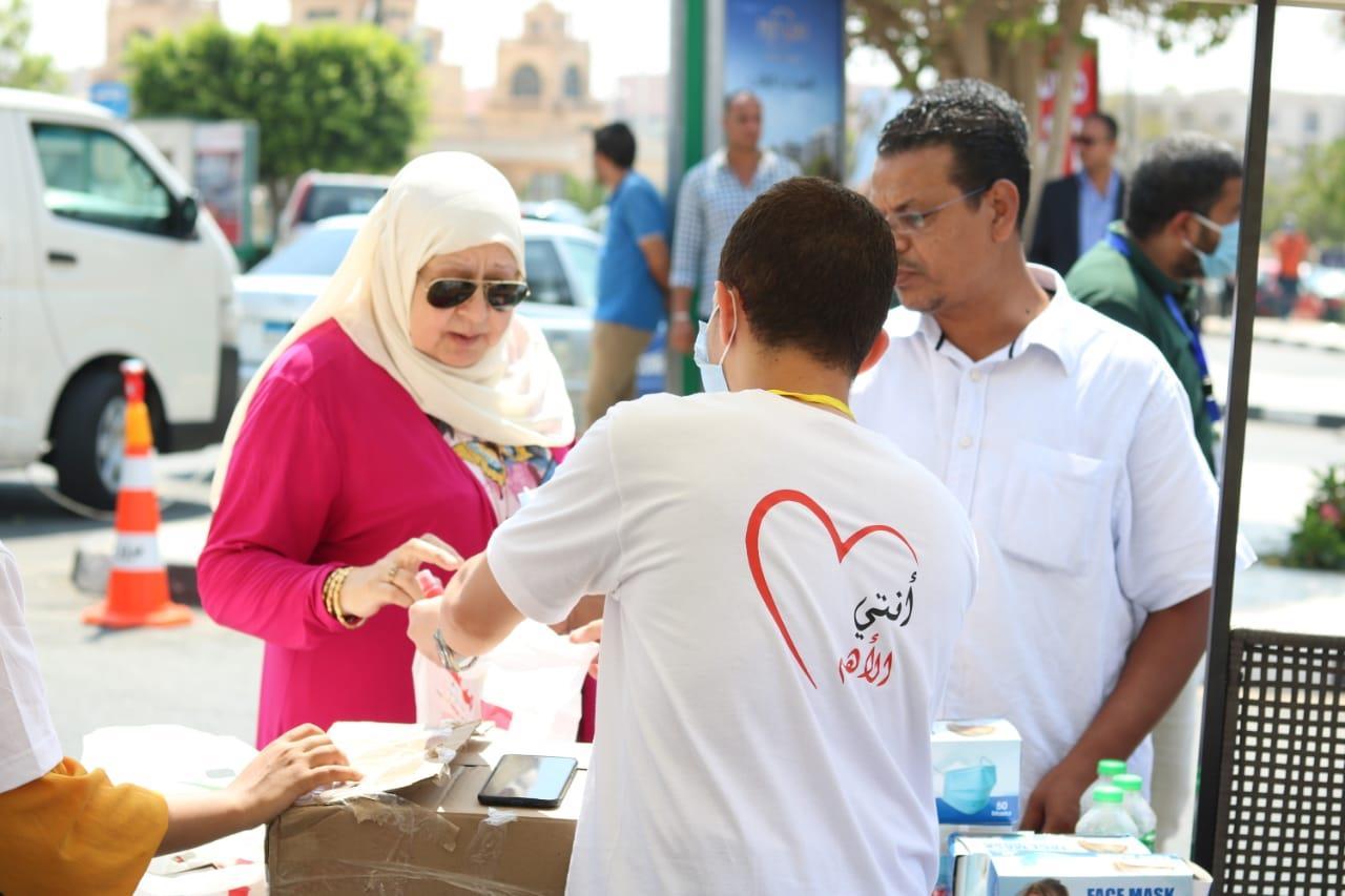 إقبال النساء على الانتخابات يعكس وعي المرأة المصرية