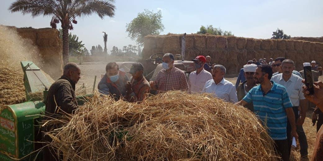 منظومة جمع وتدوير قش الأرز
