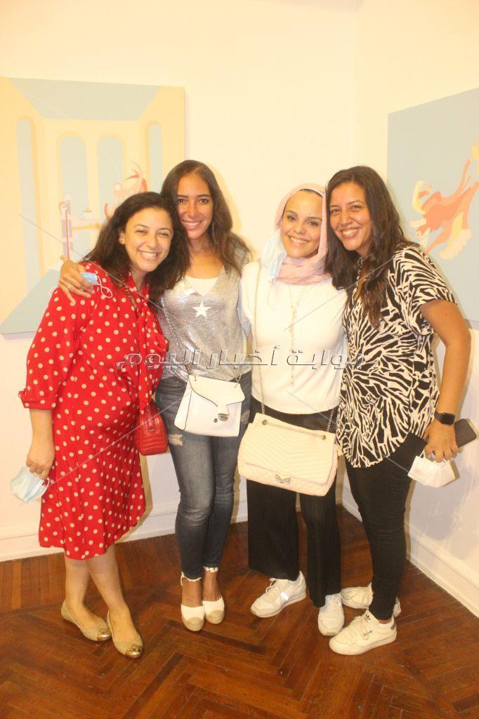 ميس حمدان تُشارك في افتتاح معرض مديحة النجار