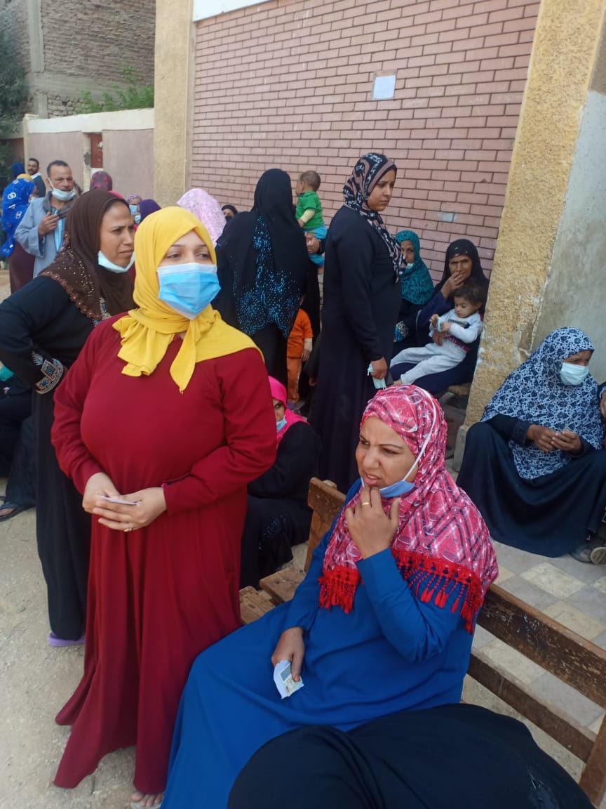 المرأة تتصدر المشهد الانتخابي في مجلس النواب بأسيوط
