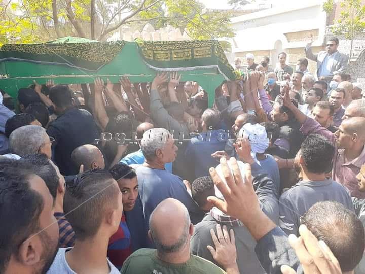 جنازة شعبية مهيبة لبرلمانى مات من الفرحة لفوز زوجته فى الانتخابات