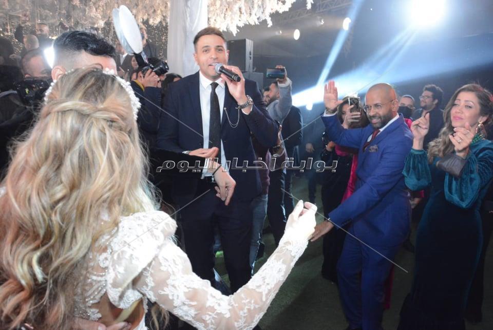 مصطفى حجاج وكارمن سليمان وتامر حسين في زفاف نادر حمدي