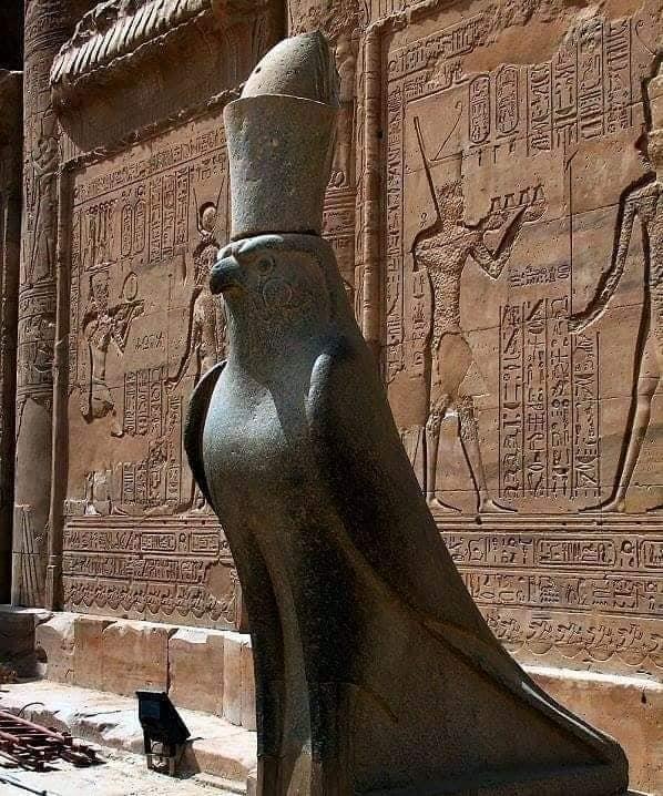 تعرف علي كنوز معبد إدفو «معبد حورس» بأسوان