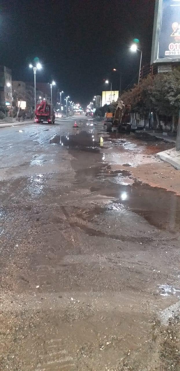 بعد غرق بعض الشوارع ببنها.. مياه القليوبية تعلن إصلاح الخط