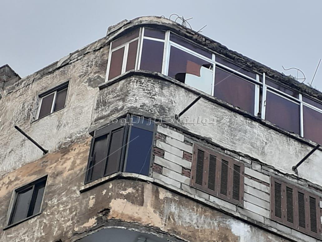 انهيار أجزاء من عقار رابع في الإسكندرية