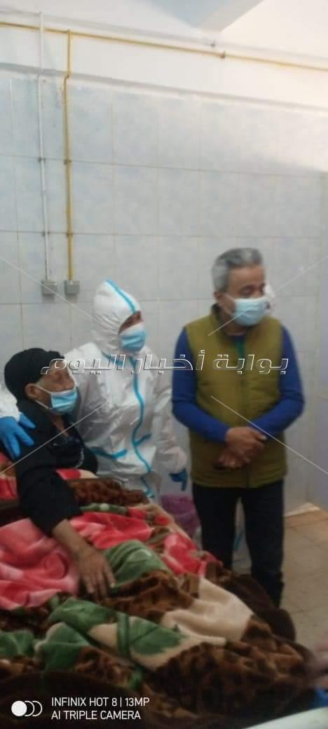 المسؤولون بصحة قنا يتابعون حالة أكبر مصابة بكورونا