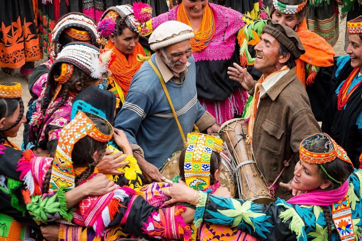 """قبيلة """"هونزا"""".. يعيش أفرادها 100 عام ولا يصابون بالسرطان"""