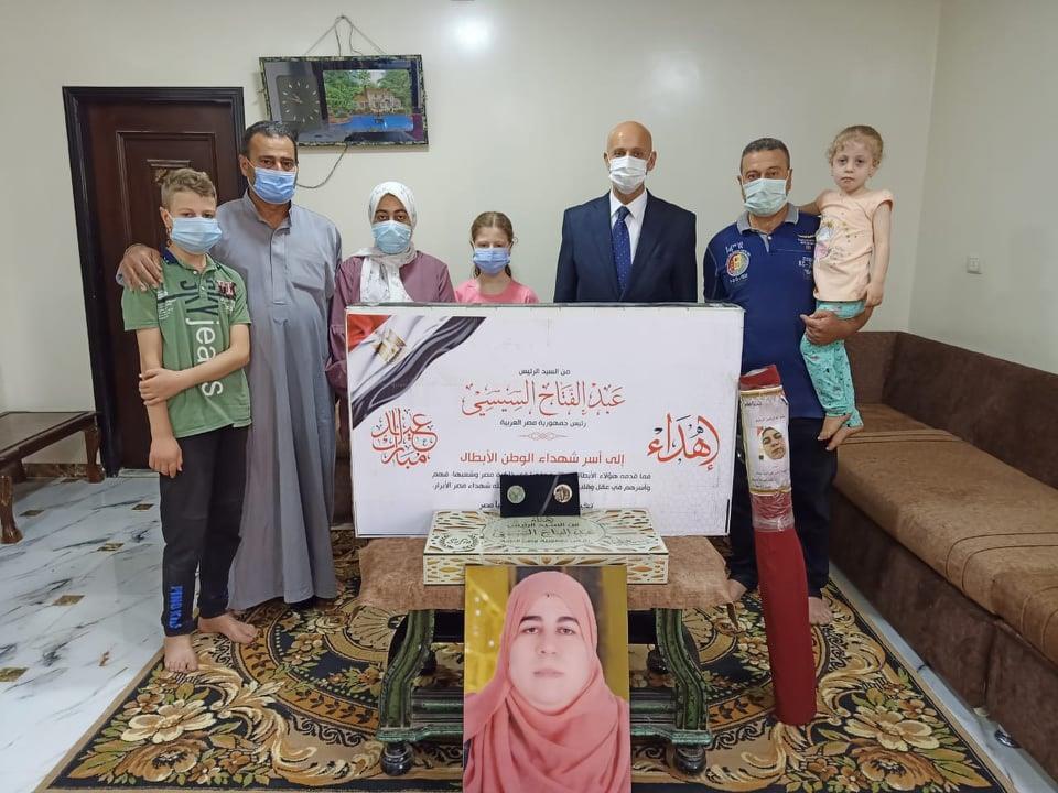 الصحة: هدايا من الرئيس عبدالفتاح السيسي لشهداء الأطقم الطبية بمناسبة عيد الفطر