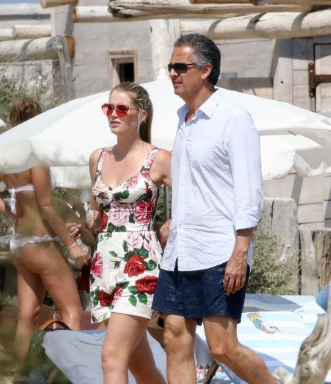 زفاف ابنة اخت الأميرة ديانا من الملياردير في إيطاليا