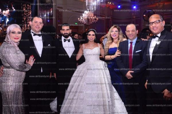 الخطيب يحتفل بزفاف «زياد ونور».. وفؤاد والليثي يحيان الحفل