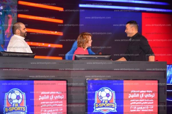 الجماهير تتغنى بعصام الحضري في بطولة تركي آل الشيخ
