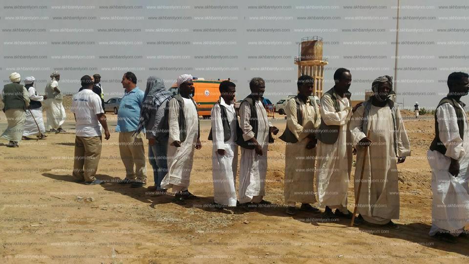 طوابير امام لجان الانتخابات الرئاسيه  بحلايب وشلاتين