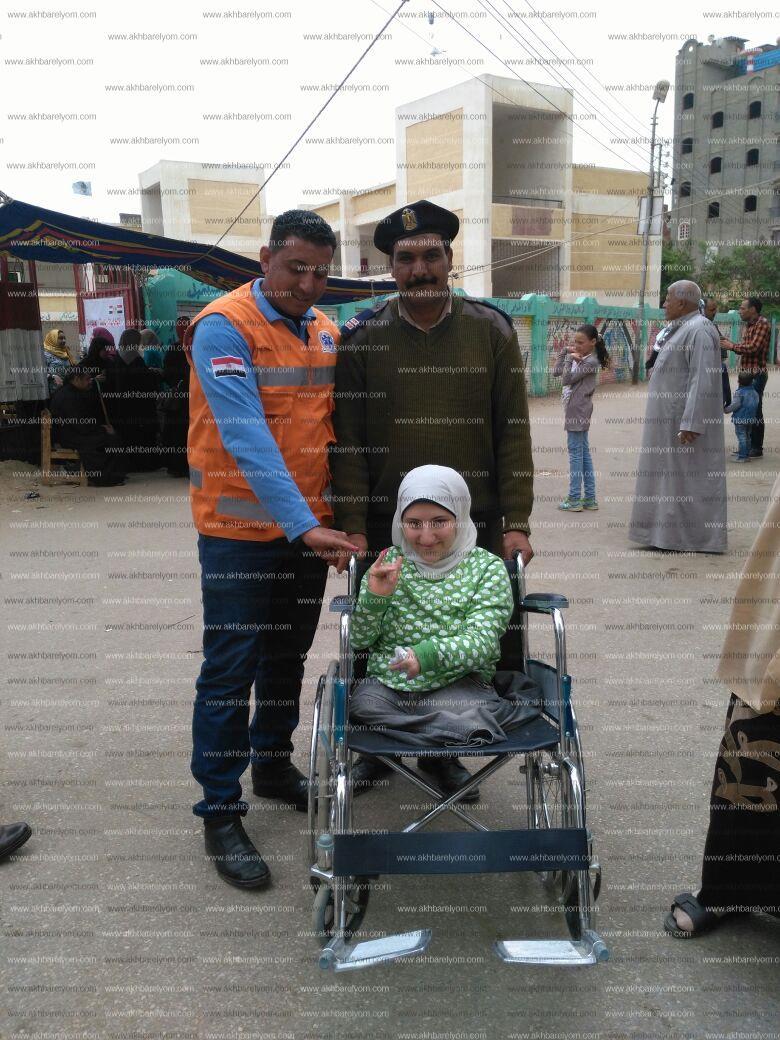اسعاف كفر الشيخ تنقل 12 مريضا للتصويت بكفر الشيخ