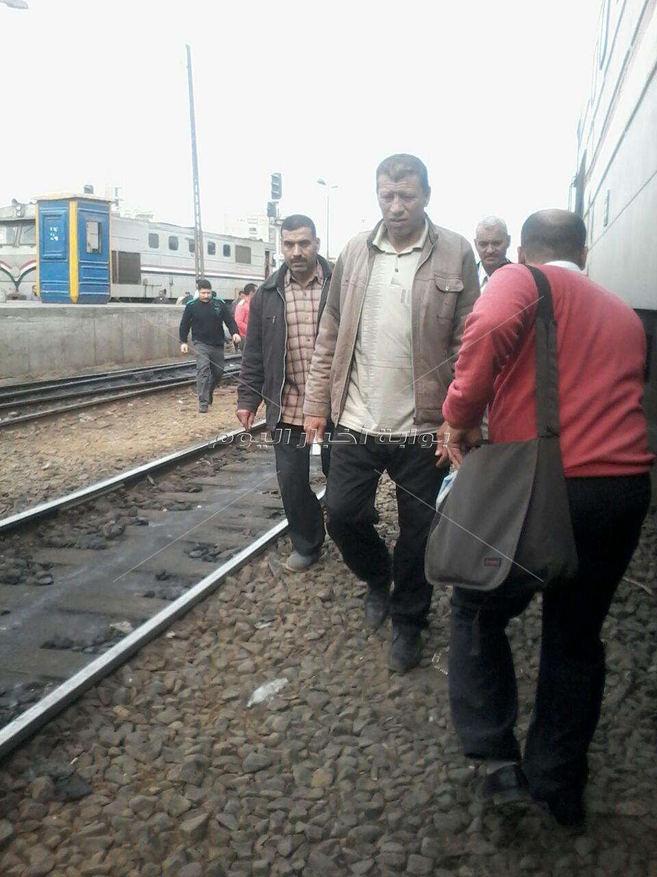 قطارات الغلابة و«أولاد الذوات» رحلات للآخرة