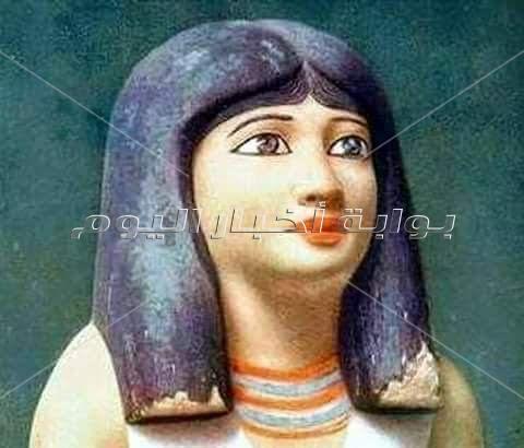 أنظف نساء الأرض.. أسرار الفرعونيات مع «الكُحل والروج»