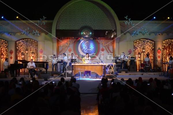 نسمة عبدالعزيز تتألق بحفل «كامل العدد» في الأوبرا