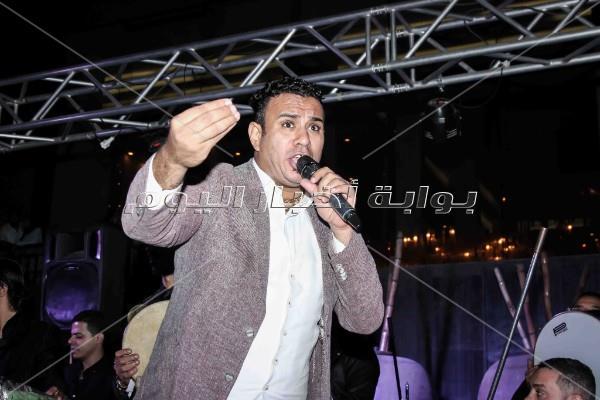 الليثي يشعل «ليالي الخديوي» بأغنية «زلزال»