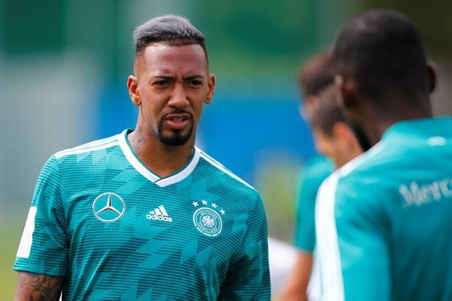 أوزيل يعود إلى تدريبات الماكينات الألمانية استعدادا للمكسيك