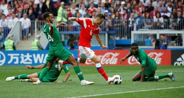 مباراة السعودية وروسيا