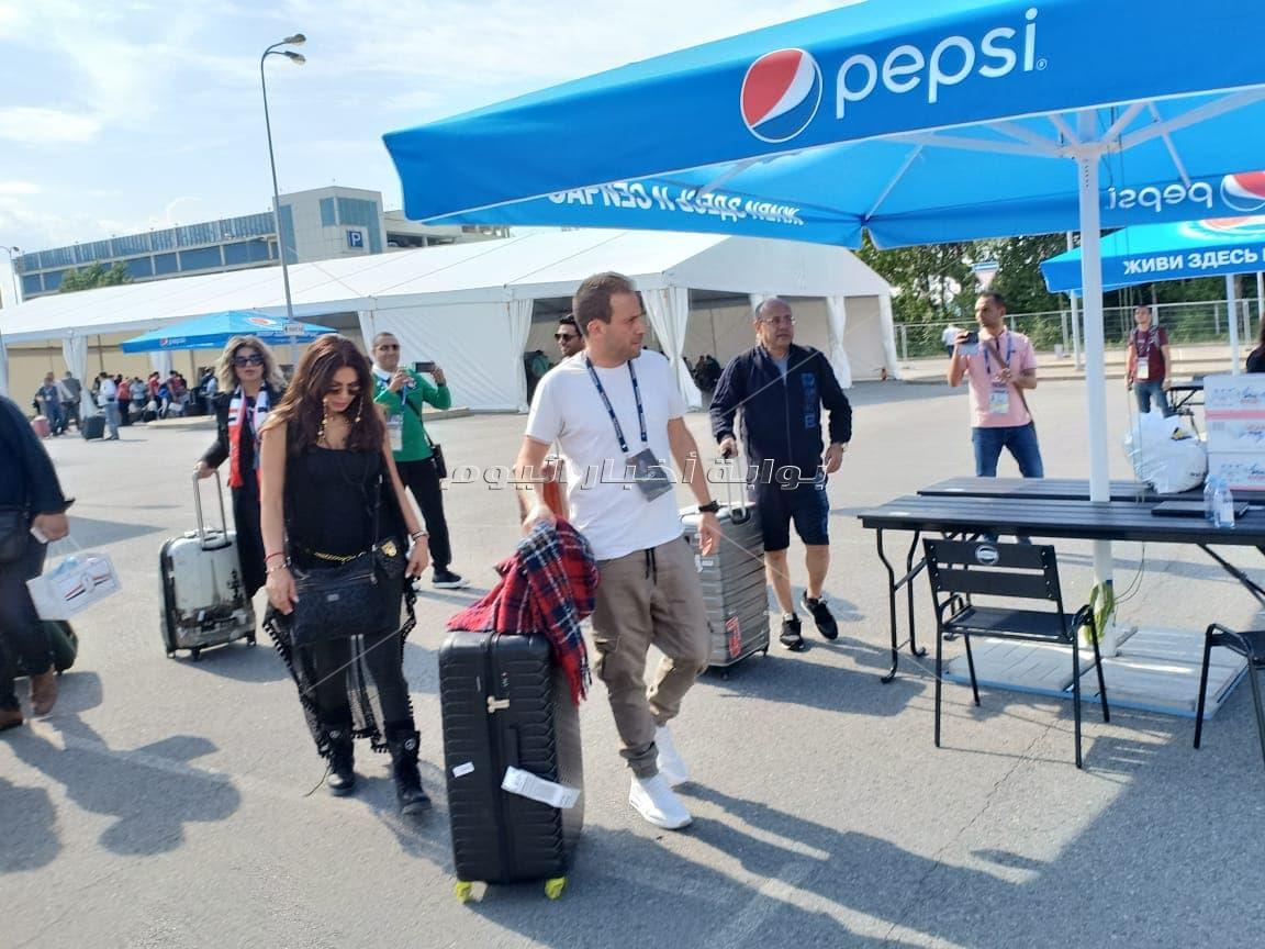 فنانون يصلون روسيا لمؤازرة المنتخب في المونديال