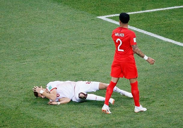 مباراة تونس وإنجلترا