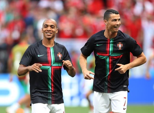 روسيا 2018 | نزول  لاعبي المغرب والبرتغال لارضية الملعب