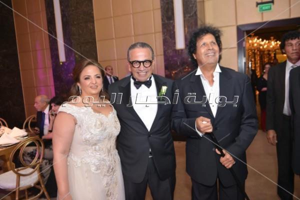 الخطيب وشيكابالا بصحبة الفنانين في زفاف نجل عمرو الجنايني