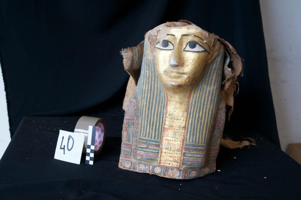 وصول القطع الاثرية المصرية التي ضبطتها السلطات الإيطالية