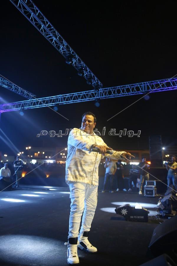محمد فؤاد يُشعل أولى حفلات الصيف بمطروح