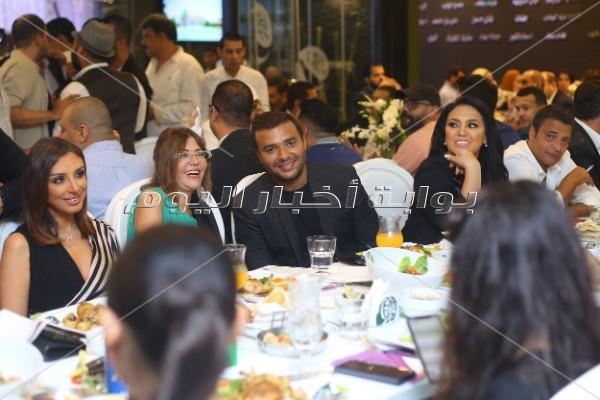 رامي صبري مع أنغام وسميرة سعيد ونوال الزغبي بحفل «روتانا كافيه»