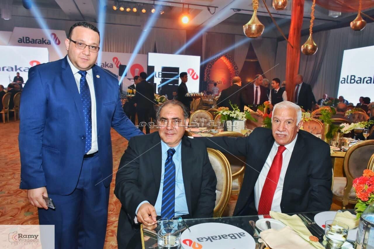 أحمد عصام وعلي الحجار في حفل افتتاح المقر الرئيسي لبنك البركة