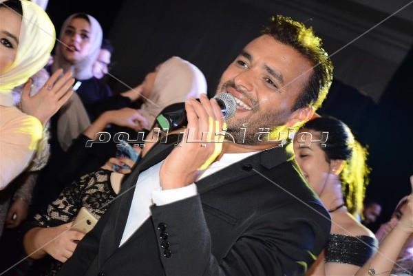 رامي صبري يُزين زفاف «علاء ومنة»