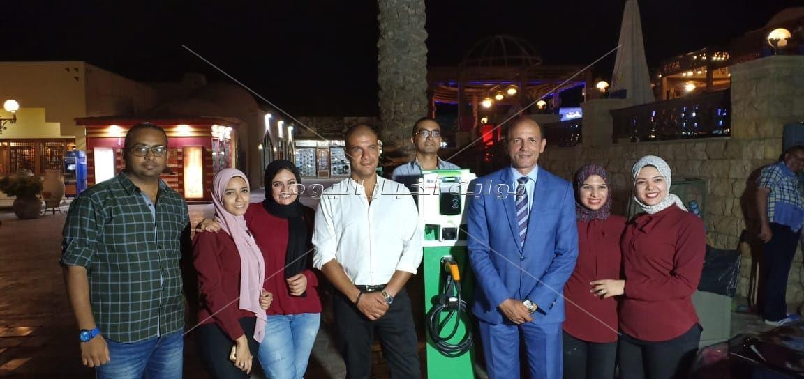 درشال يدشن أول محطة  لشحن السيارات الكهربائية بطريق إسكندرية القاهرة