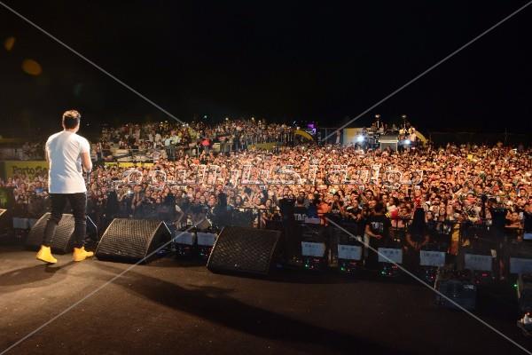 تامر حسني يُشيد بـ«حجاج» ويغنيان سويا «النعناع» ببورسعيد