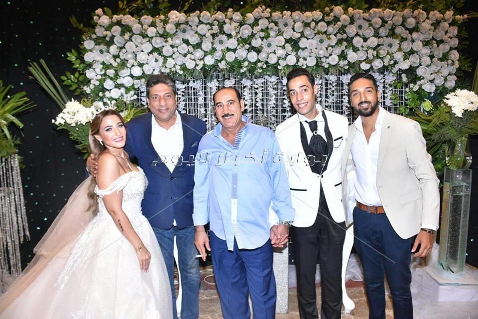 الليثي وطارق الشيخ يحيان زفاف «مصطفى وبسنت»