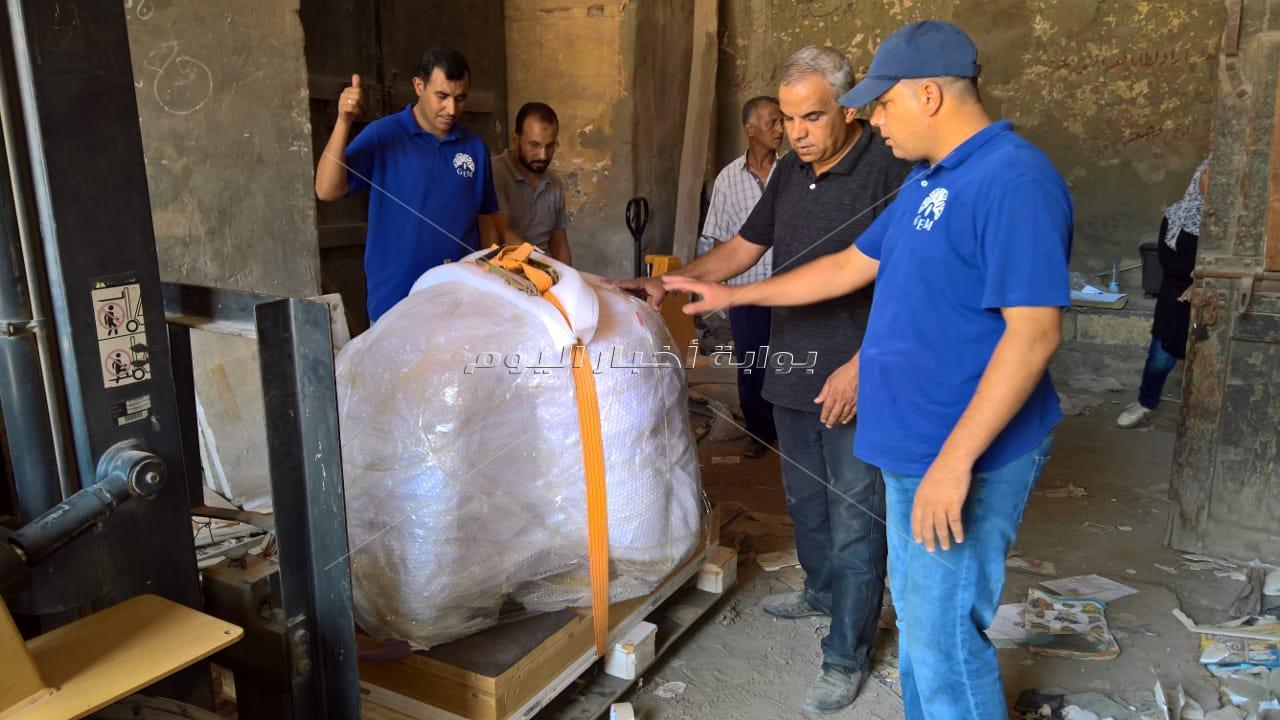 المتحف المصري الكبير يستقبل رأس تمثال للملك «سنوسرت الأول»