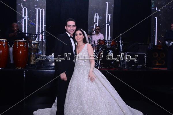 «رومانسية حماقي» و«كاريزما الليثي» في زفاف «إبراهيم وإيمان»