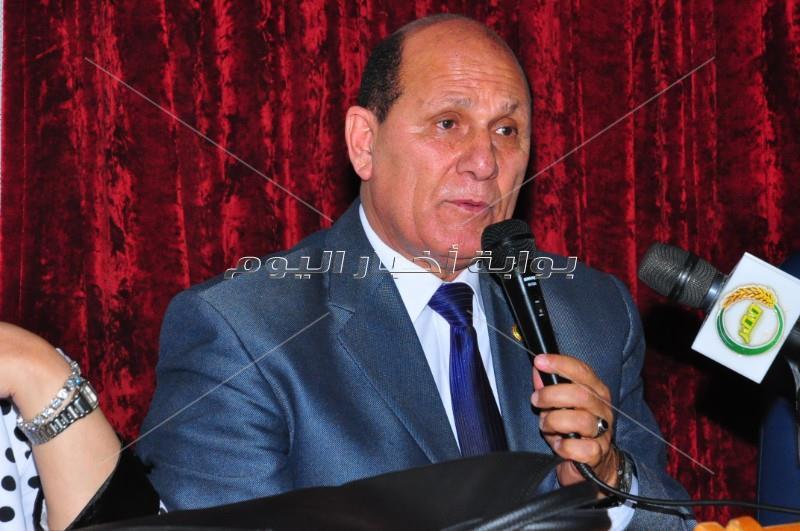 عفاف شعيب وأشرف ذكي في ندوة «الفن فى مصر إلى أين» بدار الاوبرا