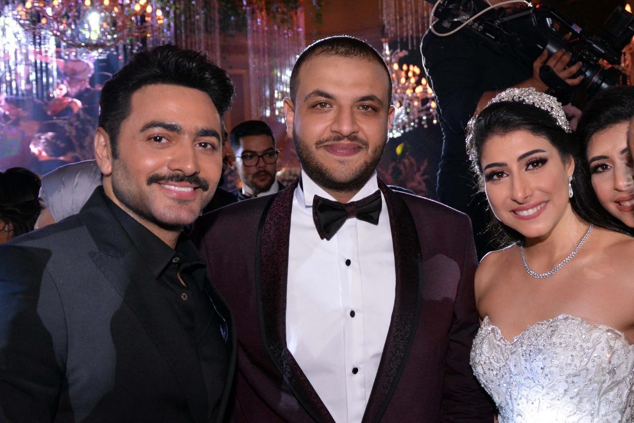 راغب علامة وتامر حسني يشعلان زفاف