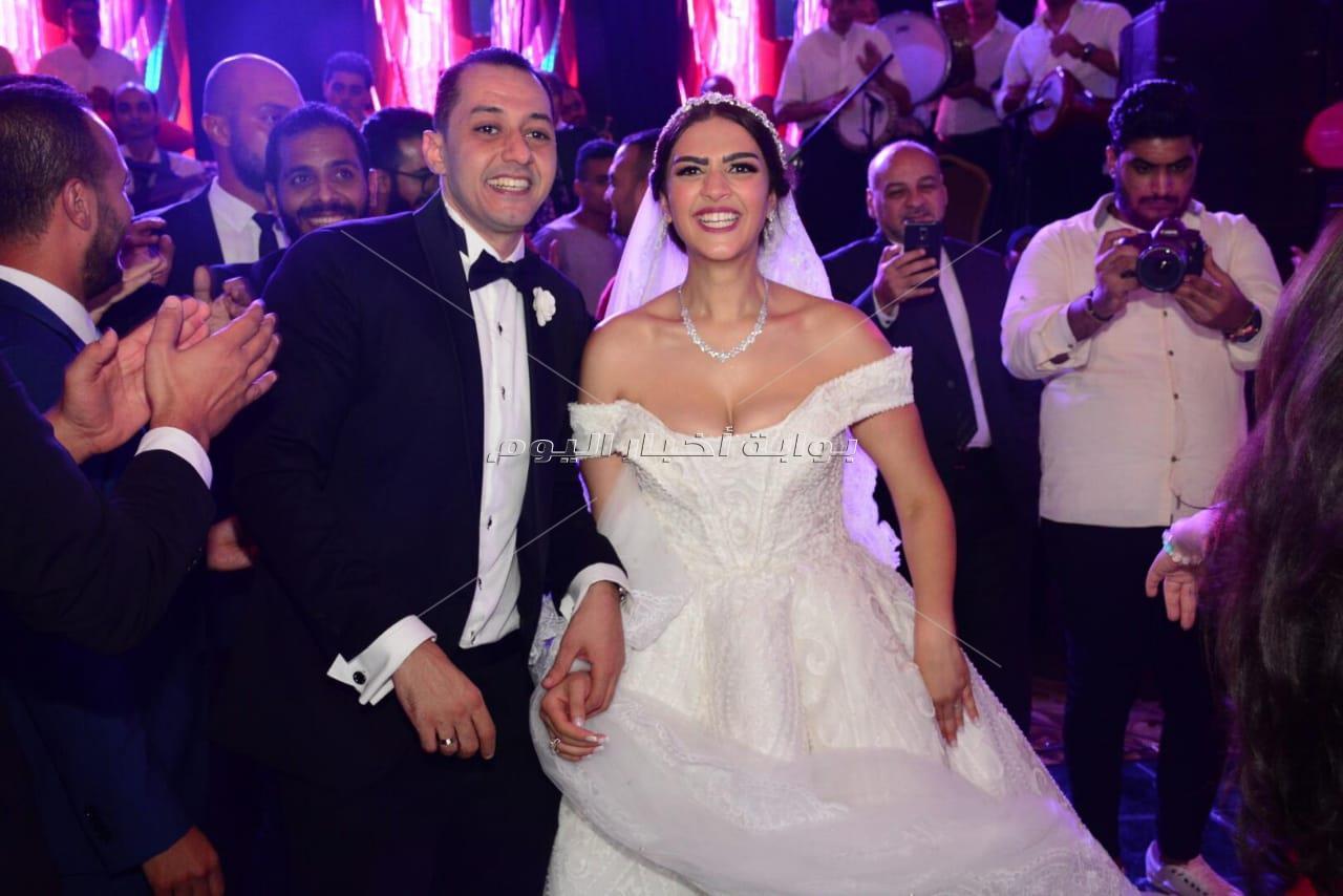نجوم الفن يحتفلون بزفاف كريمة المنتج هشام سليمان