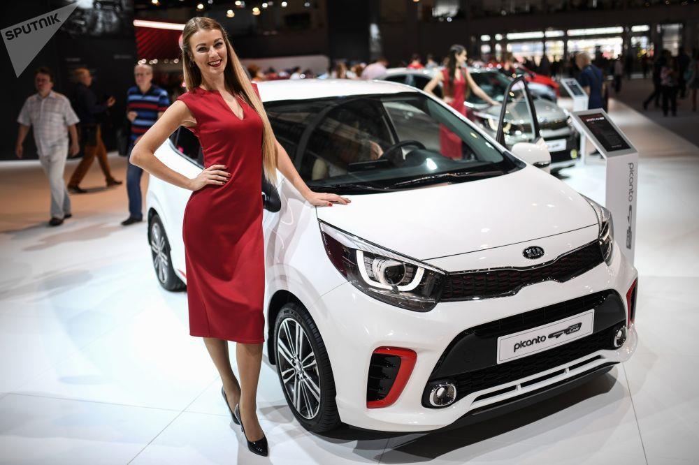 معرض موسكو للسيارات 2018