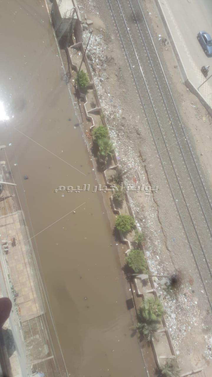 شوارع المحلة تسبح في بركة مياه