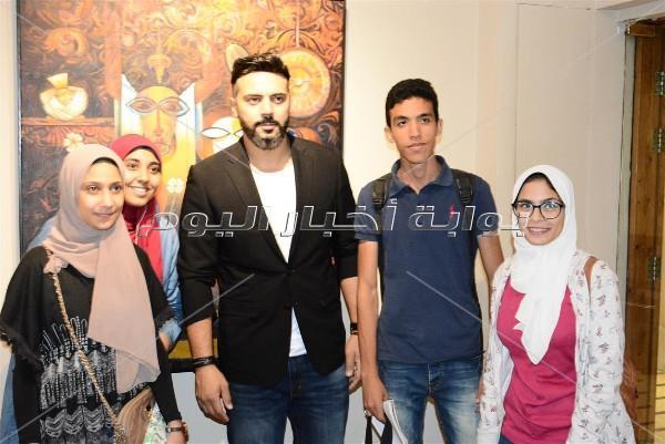 نجوم الفن في معرض الفنان أحمد فريد