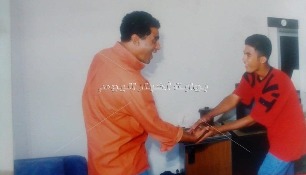 أحمد زكي وابنه