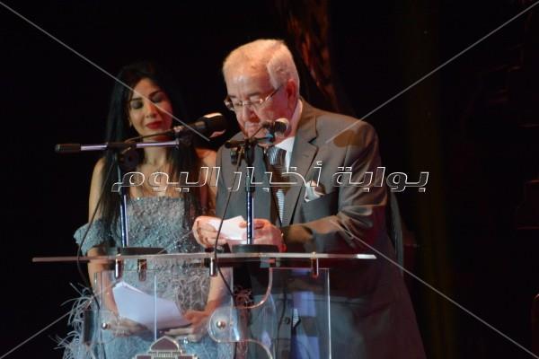 90 صورة لتكريم نجوم الفن في ختام المهرجان القومي للسينما
